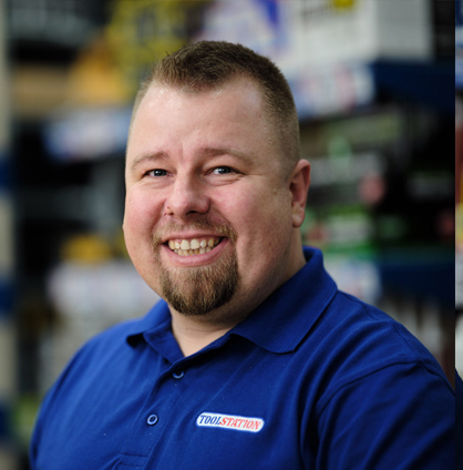Piotr Sadowski, Store Manager